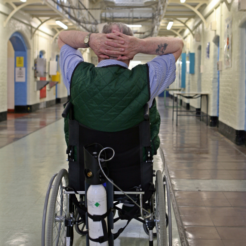 HMP Wandsworth Photo: © Andrew Aitchison